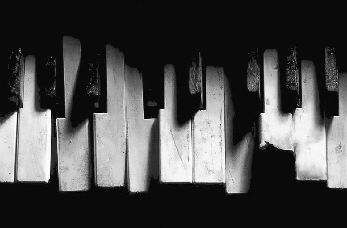broken-piano-keys - Creative Music Education