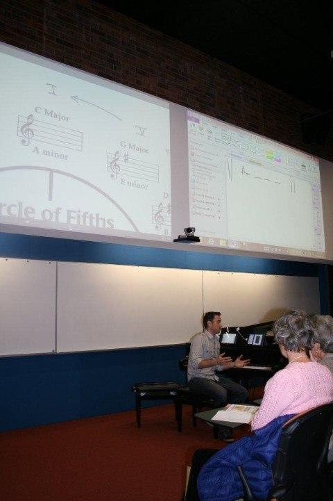 tim topham presenting