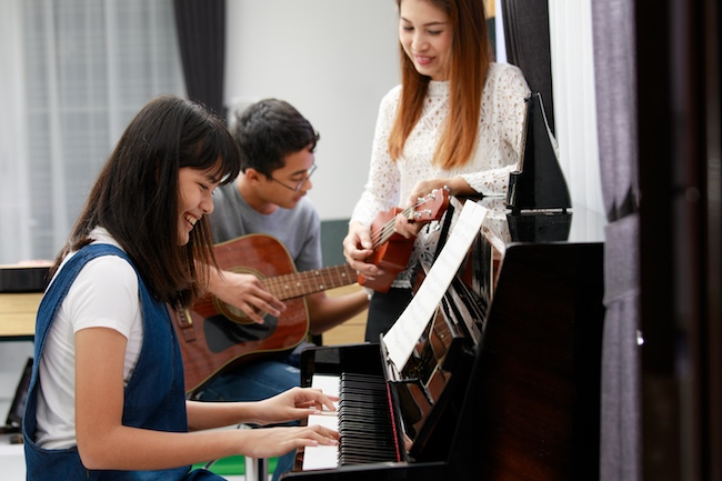 Family Band with piano student